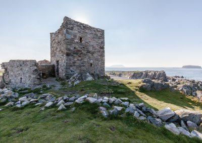 Carrickabraghy Castle